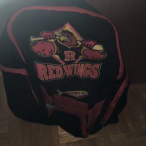 Handbags - ❤️❤️Final price❤️❤️ Red wings bag